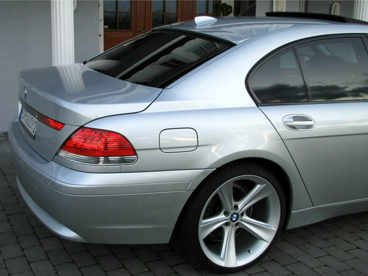 2002 BMW 760i E65 Related Infomationspecifications